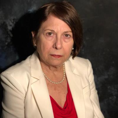 Dr Lourdes Espina-Hernandez, MD
