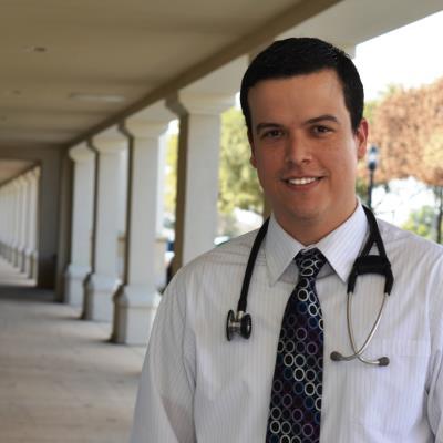 Dr Robert M. Ramirez, MD, FACAAI