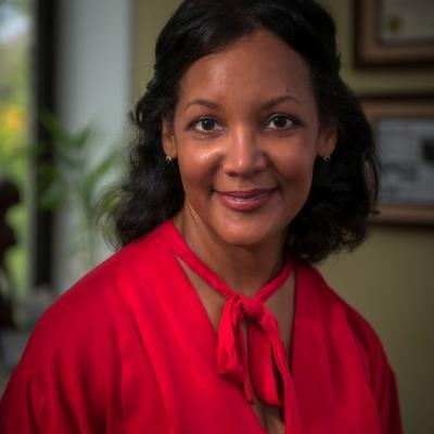 Dr Alma Mesquita, NP