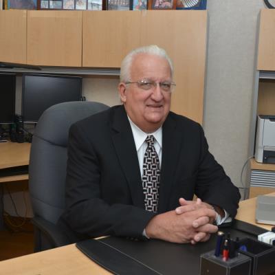 Dr Edward Dieguez, MD