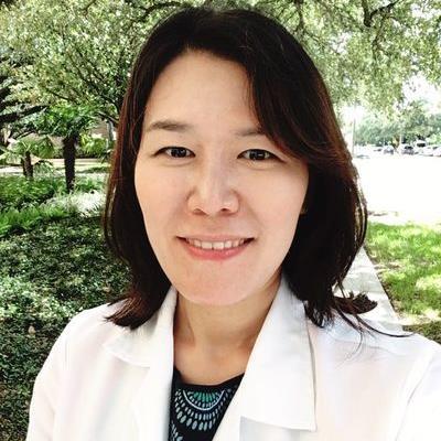 Mrs Minjung Hong-Decapio, R.N., F.N.P.-C.