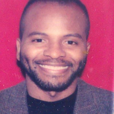 Dr Darrell L. Murray, M.D.