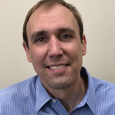 Dr Mark  Kruszewski