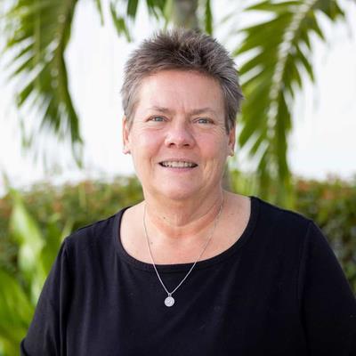 Dr April Dawson