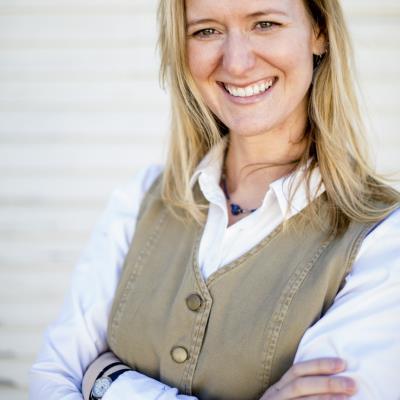 Ms Kirstin Curtis, ARNP