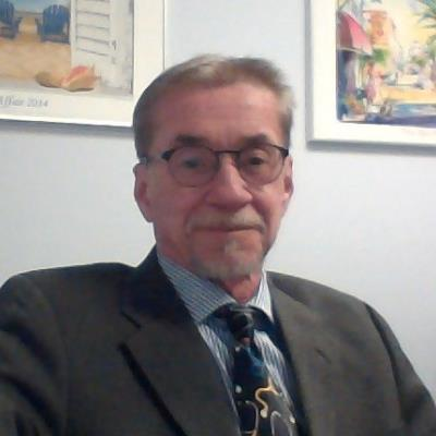 Dr Carlos  E. Ramirez, M.D.