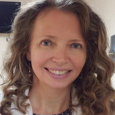 Dr Elena Collier, OD